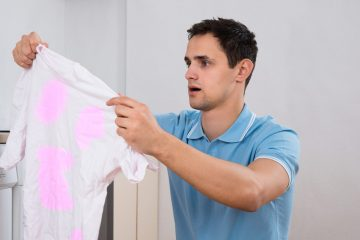 ¿Aparecen manchas en la ropa y no sabés por qué?